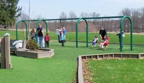 Swings-at-Ravenna-Community-Playground-Ohio2